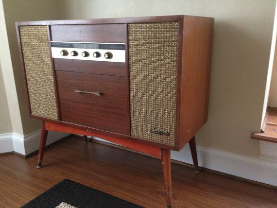 Hi Fi Stereo Console